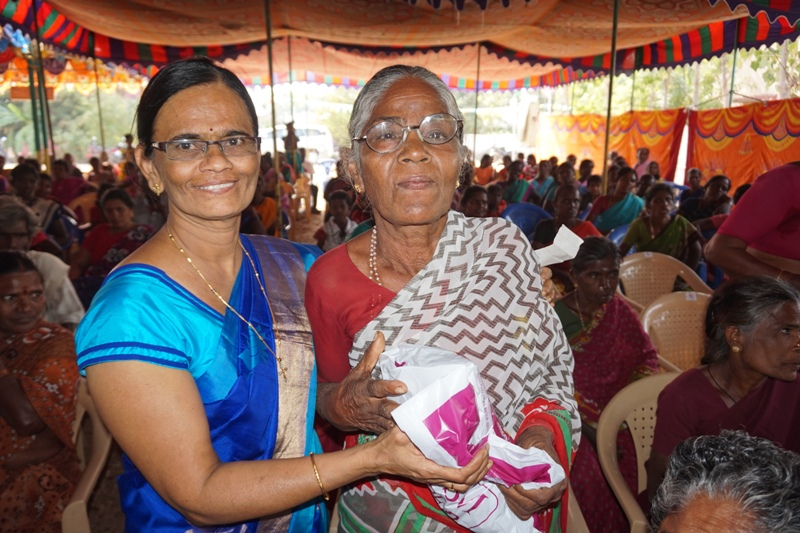 Hilfe Für Arme Und Verlassene Alte Menschen