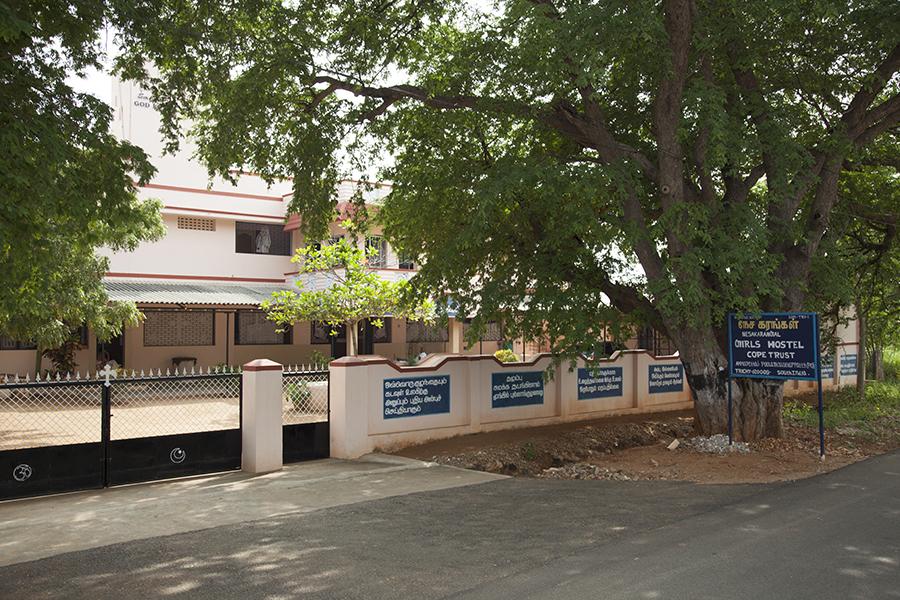 Schließung Der Waisenhäuser 2014